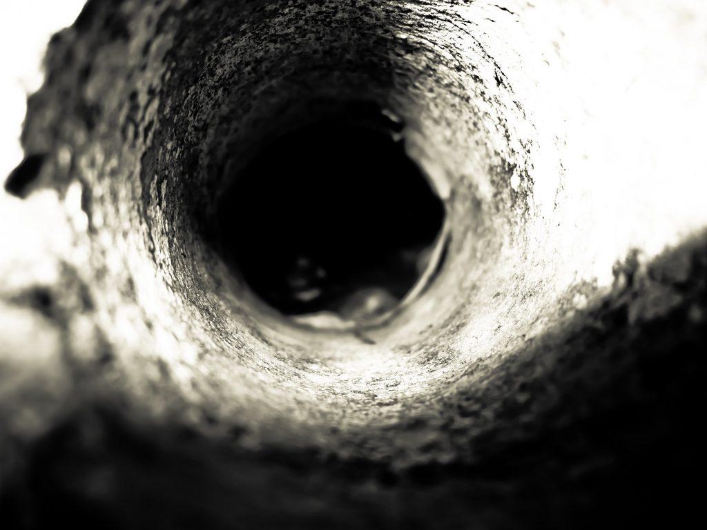 hole 1024x768 - Yeraltından Gelen Cehennem Sesleri ve Kola Derin Sondajı Gerçeği