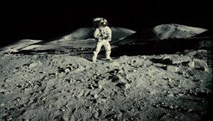 apolloeightteen1 620x352 300x170 - Ay'ın Karanlık Yüzü ve Gizemleri
