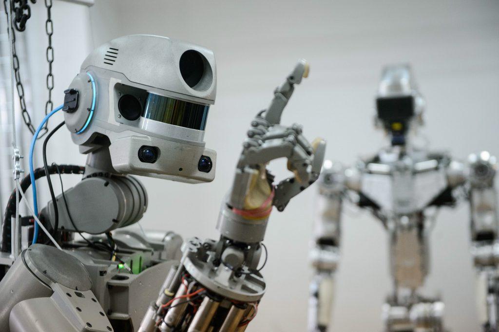 robotrevolutionwillput1270 1024x682 - Robotların Yükselişi – İnsan ve Robot Savaşları Başlıyor