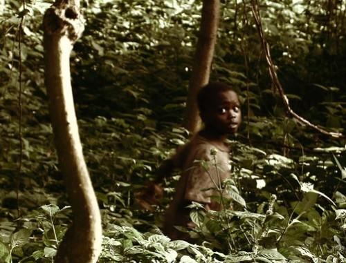John Ssebunya better known as the 'Monkey Boy of Uganda' 500x381 - Hayvanlar Tarafından Büyütülen Vahşi Çocuklar
