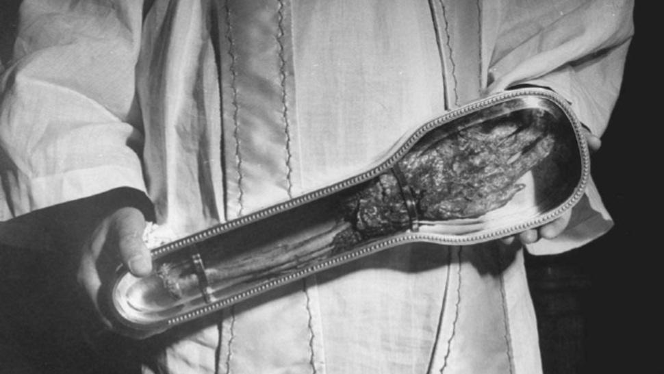 SAİNT FRANCİS XAVİER KOLUNU - Katoliklerinin Garip Kutsal Kalıntıları