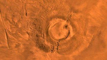 marsvolcanoe 364x205 - Ay ve Mars Yüzeyinde Bulunan Dev Kulelerin  Gizemleri