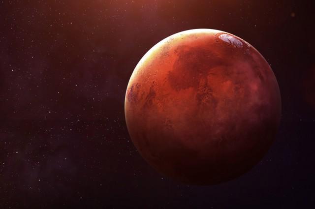 shutterstock 344786984 - Ay ve Mars Yüzeyinde Bulunan Dev Kulelerin  Gizemleri