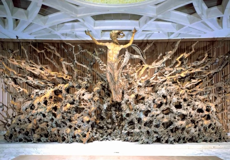 Adsız2 - Vatikanın Karanlık Sırları Ve Papa'nın Seyirci Salonundaki Gizli Reptilian Sembolleri