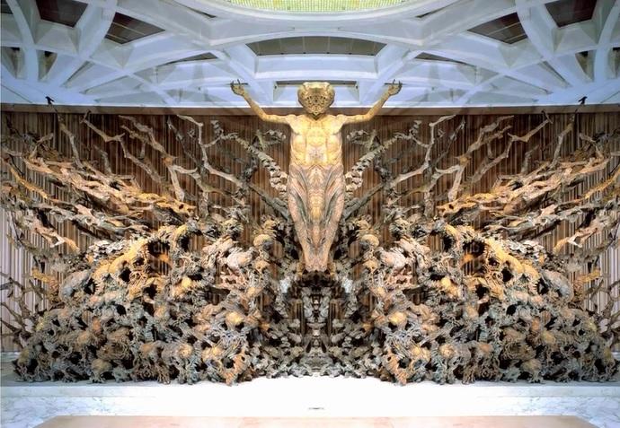 Adsız3 - Vatikanın Karanlık Sırları Ve Papa'nın Seyirci Salonundaki Gizli Reptilian Sembolleri
