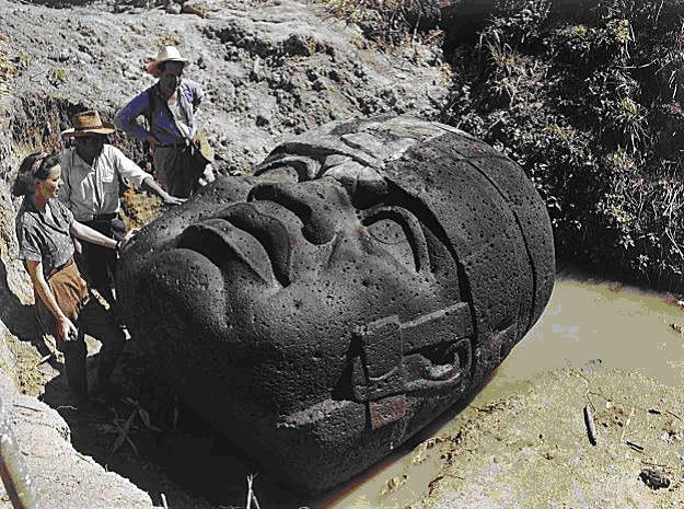 olmecas cabeza 31 - Atlantis  Devleri