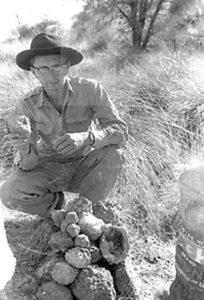 chuck Quinn encontró unas geodas en el lugar 204x300 - Diğer Boyutlara Geçen İnsanlar