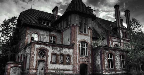 bad haunted house names header - Evinizde Şeytani ve Tekinsiz Şeyler Olduğunun İşaretleri