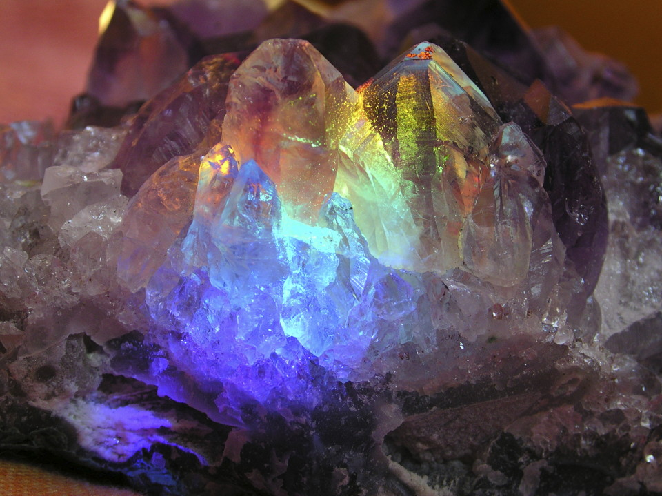 Amethyst Crystal energy - Ley Hatları