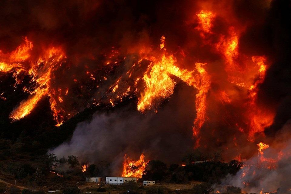 alevvvvvvvvvvvvvvvvv - Yunanistan'daki Yangın Lazer Silahı İle Mi Çıkartıldı?